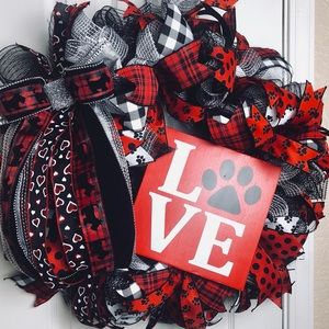 Love dog themed valentine's wreath